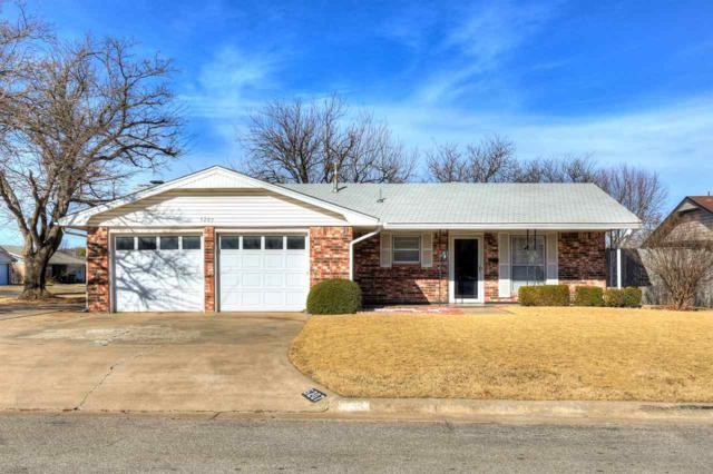 6207 NW Cheyenne Dr, Lawton, OK 73505 (MLS #149635) :: Pam & Barry's Team - RE/MAX Professionals