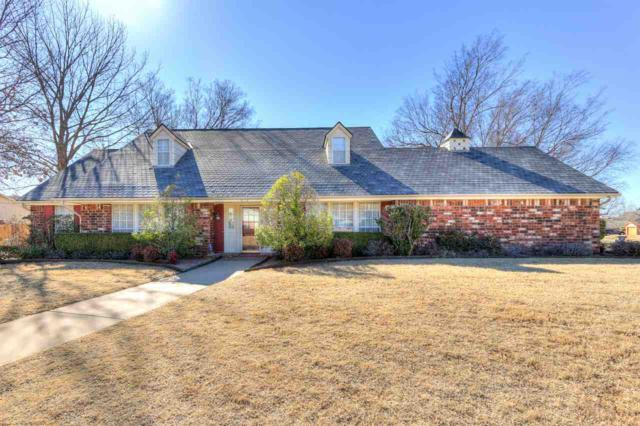 913 NW Becontree Dr, Lawton, OK 73505 (MLS #149868) :: Pam & Barry's Team - RE/MAX Professionals