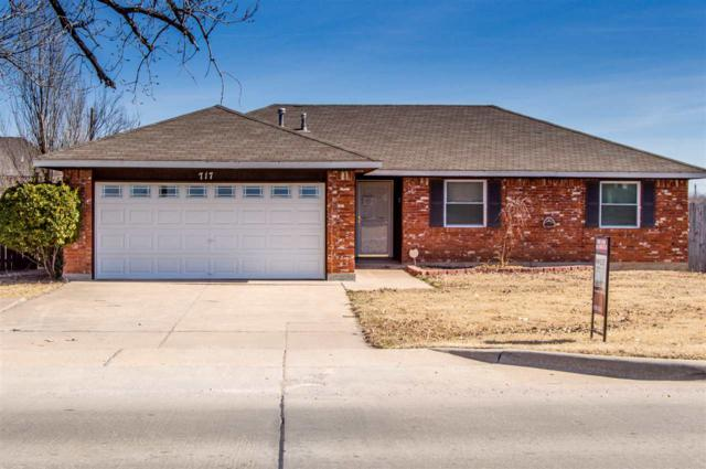 717 NW 67th St, Lawton, OK 73505 (MLS #149904) :: Pam & Barry's Team - RE/MAX Professionals