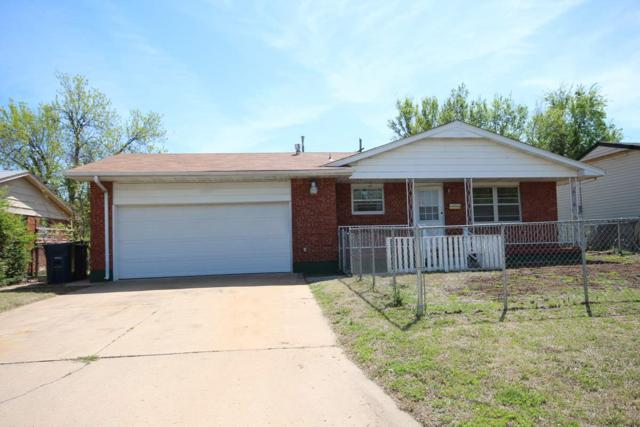 2411 NW 7th St, Lawton, OK 73507 (MLS #150503) :: Pam & Barry's Team - RE/MAX Professionals