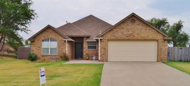 822 NW Hilltop Dr, Lawton, OK 73507 (MLS #150812) :: Pam & Barry's Team - RE/MAX Professionals