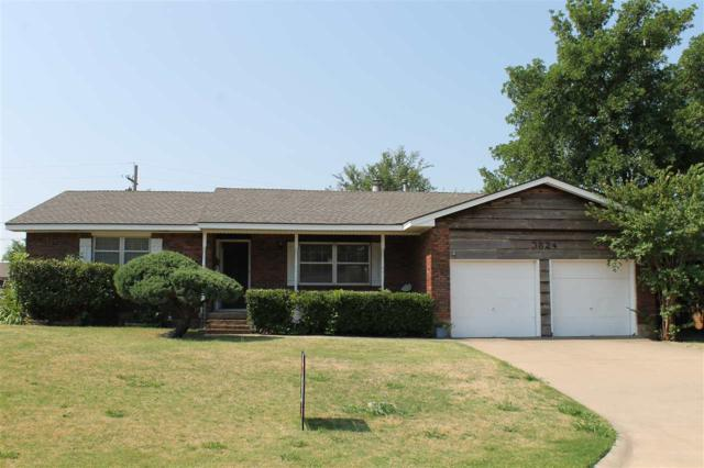 3824 NW Meadowbrook Dr, Lawton, OK 73505 (MLS #151190) :: Pam & Barry's Team - RE/MAX Professionals