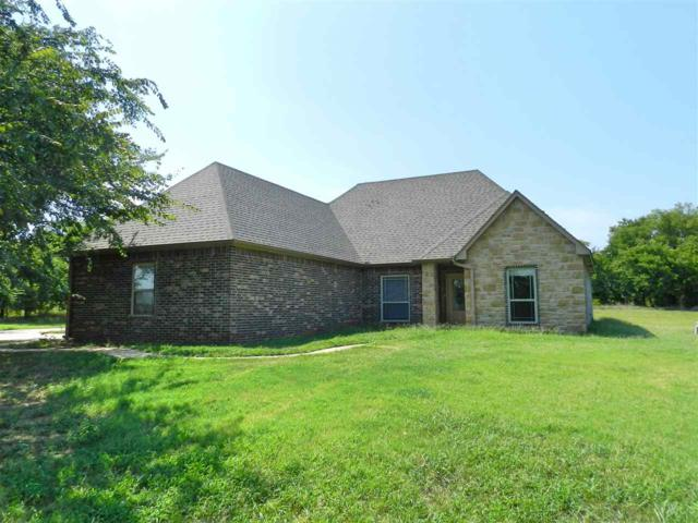 83 SW Copperfield Pl, Cache, OK 73527 (MLS #151428) :: Pam & Barry's Team - RE/MAX Professionals
