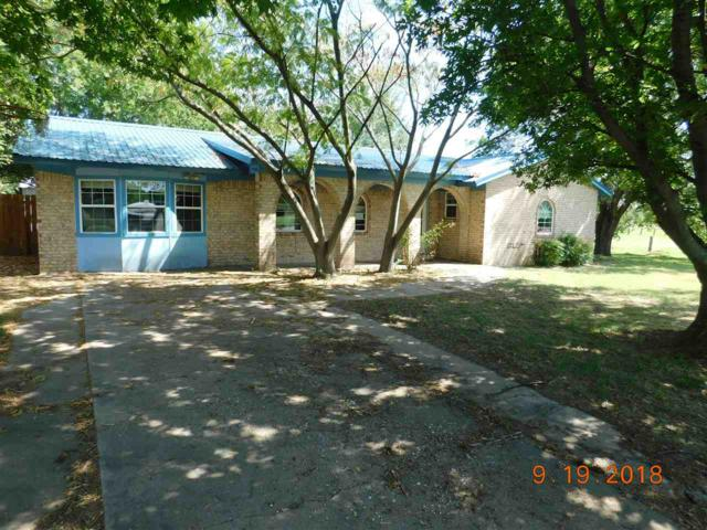 1009 S Central St, Walters, OK 73572 (MLS #151814) :: Pam & Barry's Team - RE/MAX Professionals