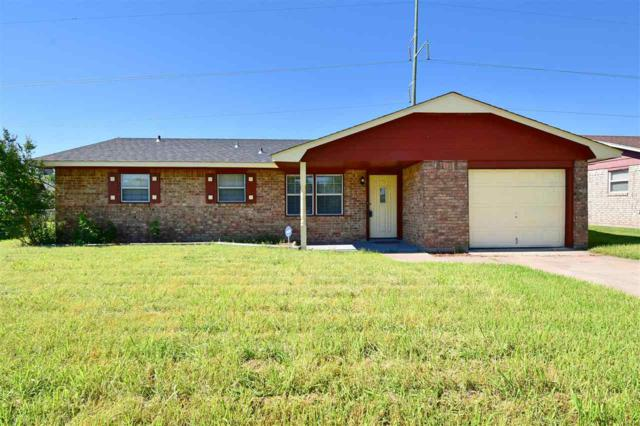 6950 SW Forest Ave, Lawton, OK 73505 (MLS #151969) :: Pam & Barry's Team - RE/MAX Professionals