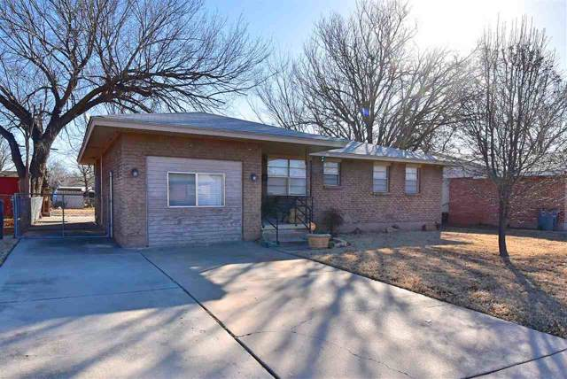 421 NW 57th St, Lawton, OK 73505 (MLS #154928) :: Pam & Barry's Team - RE/MAX Professionals