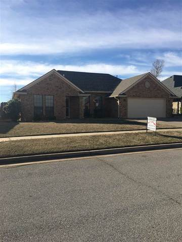 6814 NW Crestwood Dr, Lawton, OK 73505 (MLS #155031) :: Pam & Barry's Team - RE/MAX Professionals