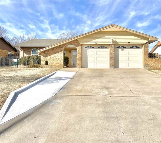 2410 NW Norman Cir, Lawton, OK 73505 (MLS #155167) :: Pam & Barry's Team - RE/MAX Professionals