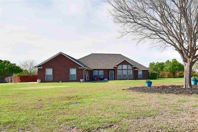 1 NW Briarcreek Dr, Lawton, OK 73505 (MLS #155572) :: Pam & Barry's Team - RE/MAX Professionals