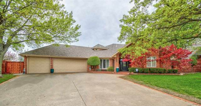 908 NW Micklegate Blvd, Lawton, OK 73505 (MLS #155587) :: Pam & Barry's Team - RE/MAX Professionals