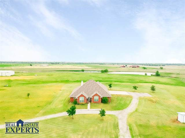 3927 SW Burk Rd, Lawton, OK 73505 (MLS #155804) :: Pam & Barry's Team - RE/MAX Professionals