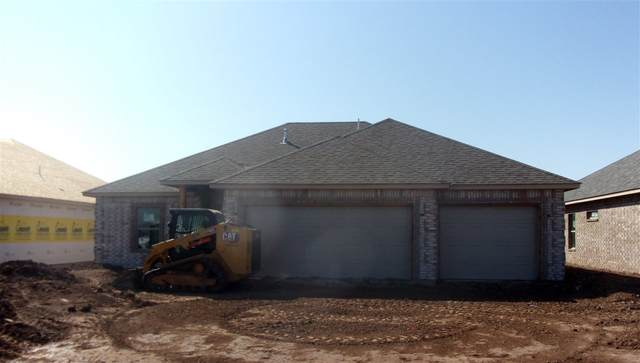 206 NW Granite Ave, Cache, OK 73527 (MLS #156412) :: Pam & Barry's Team - RE/MAX Professionals