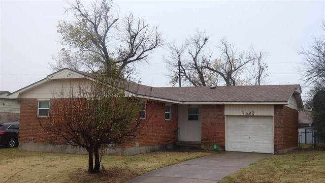 4523 SE Avalon Ave, Lawton, OK 73507 (MLS #157114) :: Pam & Barry's Team - RE/MAX Professionals
