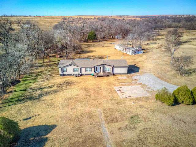 807 SE 135th St, Lawton, OK 73501 (MLS #157179) :: Pam & Barry's Team - RE/MAX Professionals