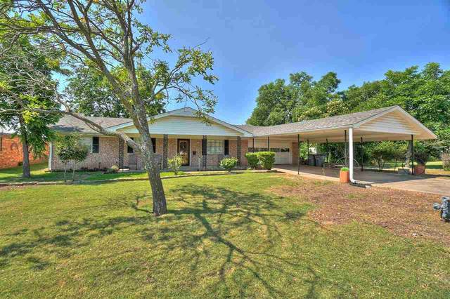 2634 SW H Ave, Lawton, OK 73507 (MLS #158659) :: Pam & Barry's Team - RE/MAX Professionals