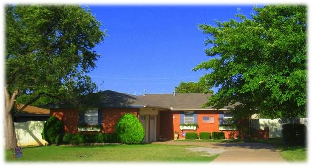 308 SW 52nd St, Lawton, OK 73505 (MLS #158817) :: Pam & Barry's Team - RE/MAX Professionals