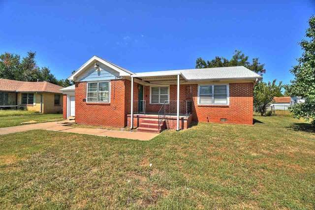 2217 NW Williams Ave, Lawton, OK 73505 (MLS #159390) :: Pam & Barry's Team - RE/MAX Professionals