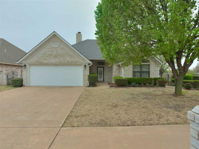 6612 NW Euclid Ave, Lawton, OK 73505 (MLS #149218) :: Pam & Barry's Team - RE/MAX Professionals
