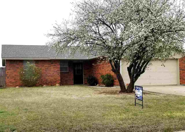 6136 SW Oakcliff Ave, Lawton, OK 73505 (MLS #149776) :: Pam & Barry's Team - RE/MAX Professionals