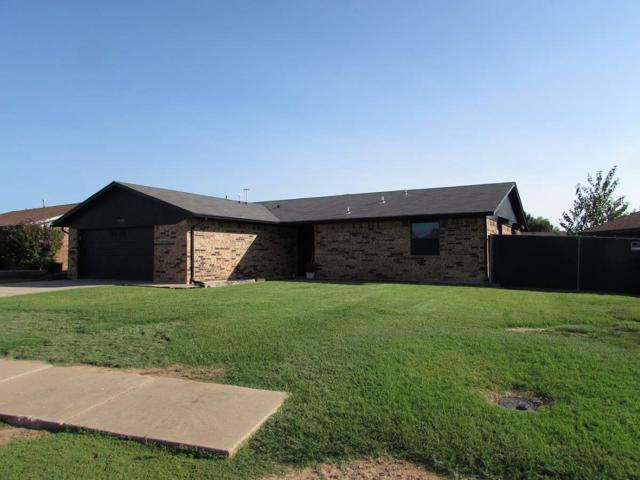 4820 SE Brown St, Lawton, OK 73501 (MLS #148122) :: Pam & Barry's Team - RE/MAX Professionals