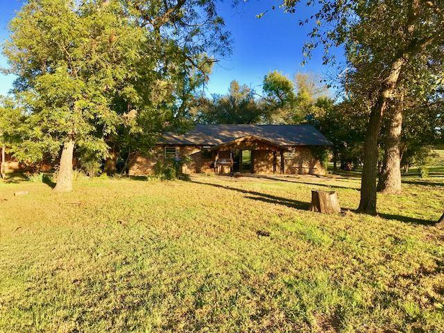 18190 NW Cache Rd, Cache, OK 73527 (MLS #149135) :: Pam & Barry's Team - RE/MAX Professionals
