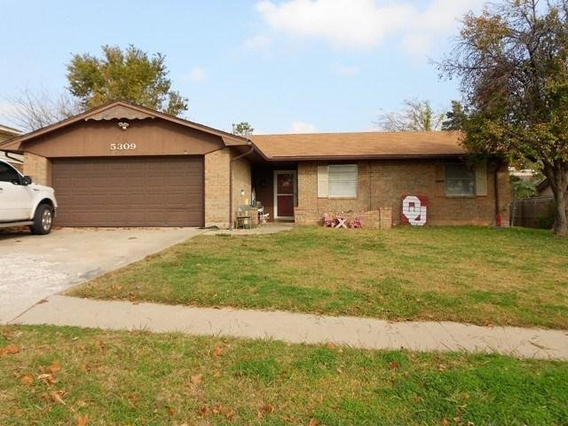 5309 NW Rotherwood Dr, Lawton, OK 73505 (MLS #149293) :: Pam & Barry's Team - RE/MAX Professionals