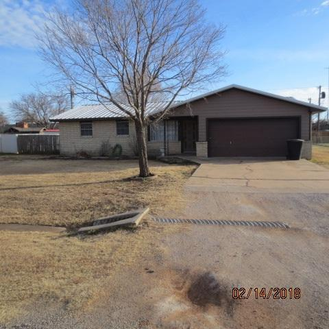 630 W Oklahoma, Temple, OK 73568 (MLS #149940) :: Pam & Barry's Team - RE/MAX Professionals