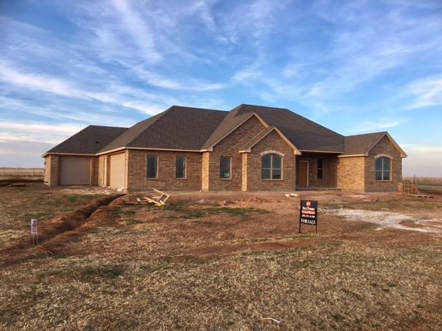 1252 NW Gray Hawk Dr, Lawton, OK 73507 (MLS #150123) :: Pam & Barry's Team - RE/MAX Professionals