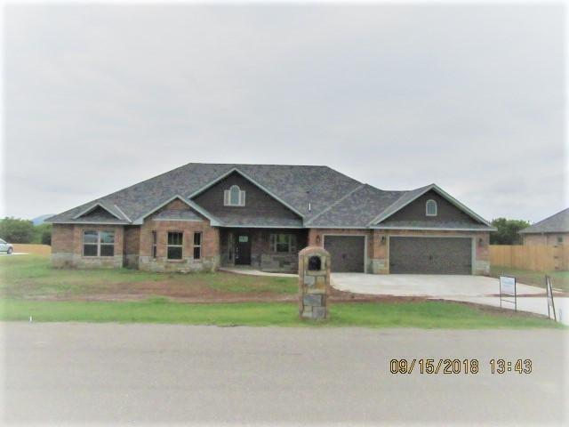 1307 NW Poko Mountain Ln, Lawton, OK 73505 (MLS #150777) :: Pam & Barry's Team - RE/MAX Professionals