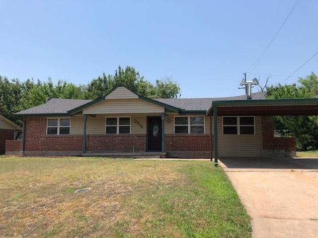2316 NW 43rd St, Lawton, OK 73505 (MLS #150933) :: Pam & Barry's Team - RE/MAX Professionals