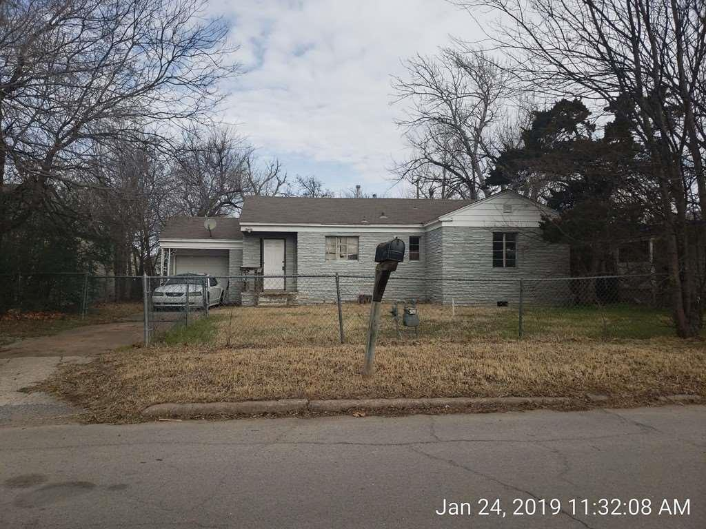 1303 Taylor Ave - Photo 1