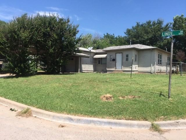1607 NW Lindy Ave, Lawton, OK 73507 (MLS #153779) :: Pam & Barry's Team - RE/MAX Professionals