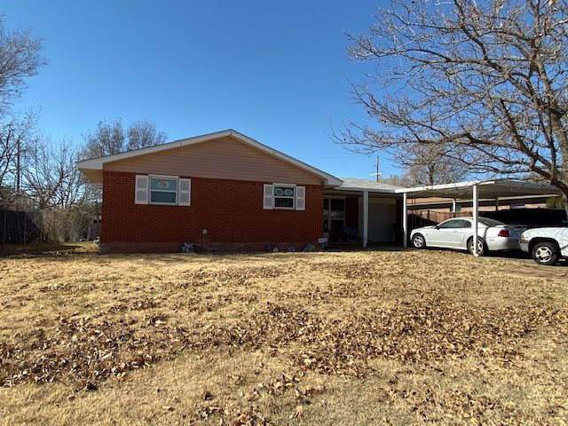 2424 NW 42nd St, Lawton, OK 73505 (MLS #154752) :: Pam & Barry's Team - RE/MAX Professionals