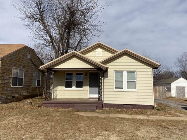 1607 SW B Ave, Lawton, OK 73501 (MLS #154829) :: Pam & Barry's Team - RE/MAX Professionals