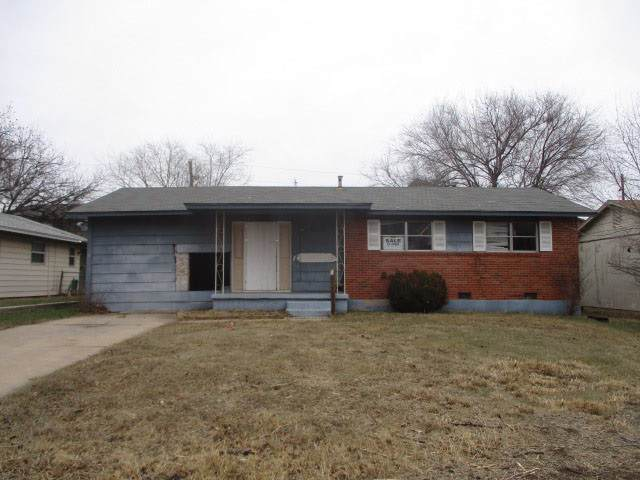 4007 NW Lindy Ave, Lawton, OK 73505 (MLS #155142) :: Pam & Barry's Team - RE/MAX Professionals