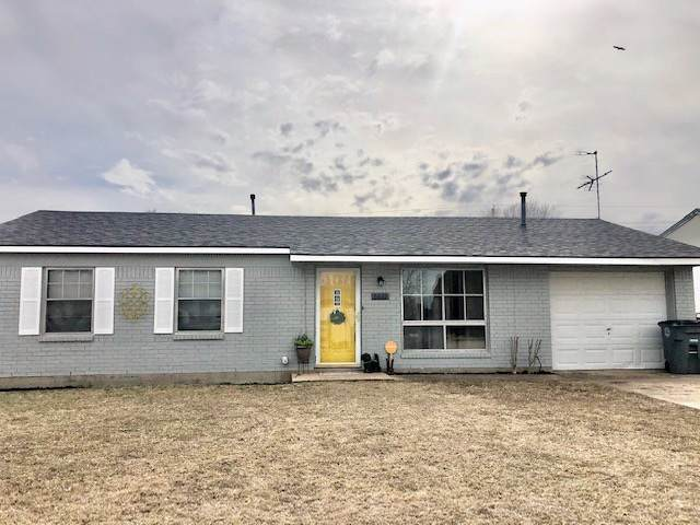6622 NW Ferris Ave, Lawton, OK 73505 (MLS #155210) :: Pam & Barry's Team - RE/MAX Professionals