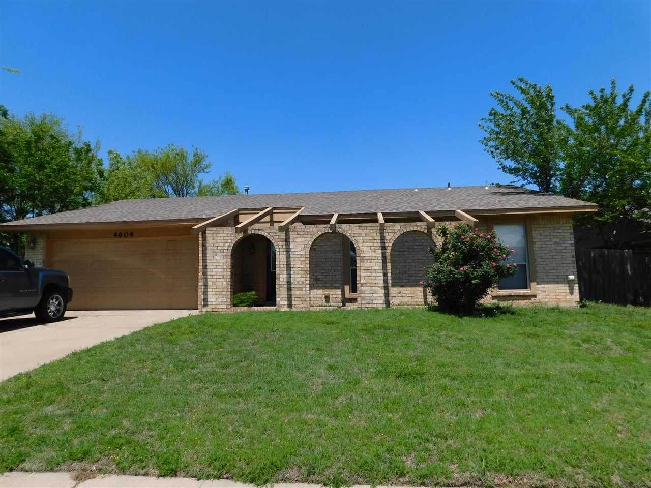 4604 Bell Ave - Photo 1