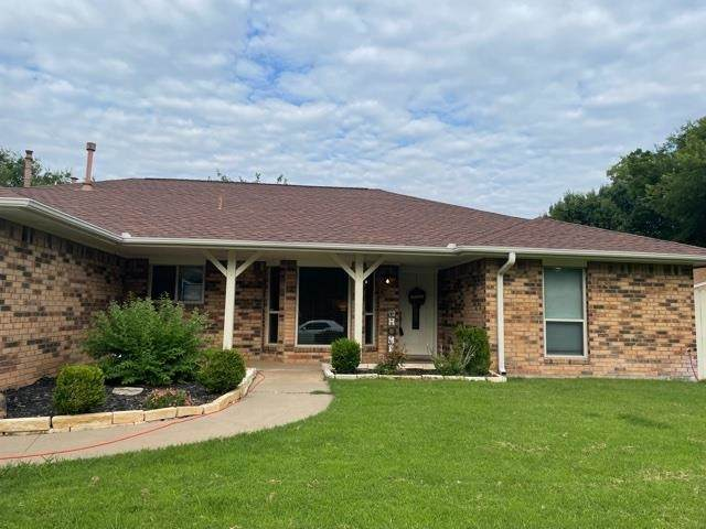 5605 NW Wilfred Dr, Lawton, OK 73505 (MLS #158770) :: Pam & Barry's Team - RE/MAX Professionals
