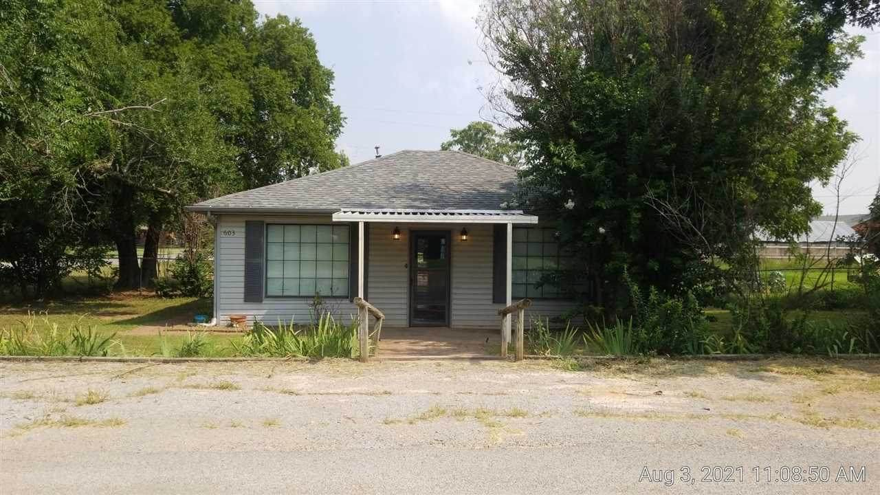 603 Gregory Ave - Photo 1