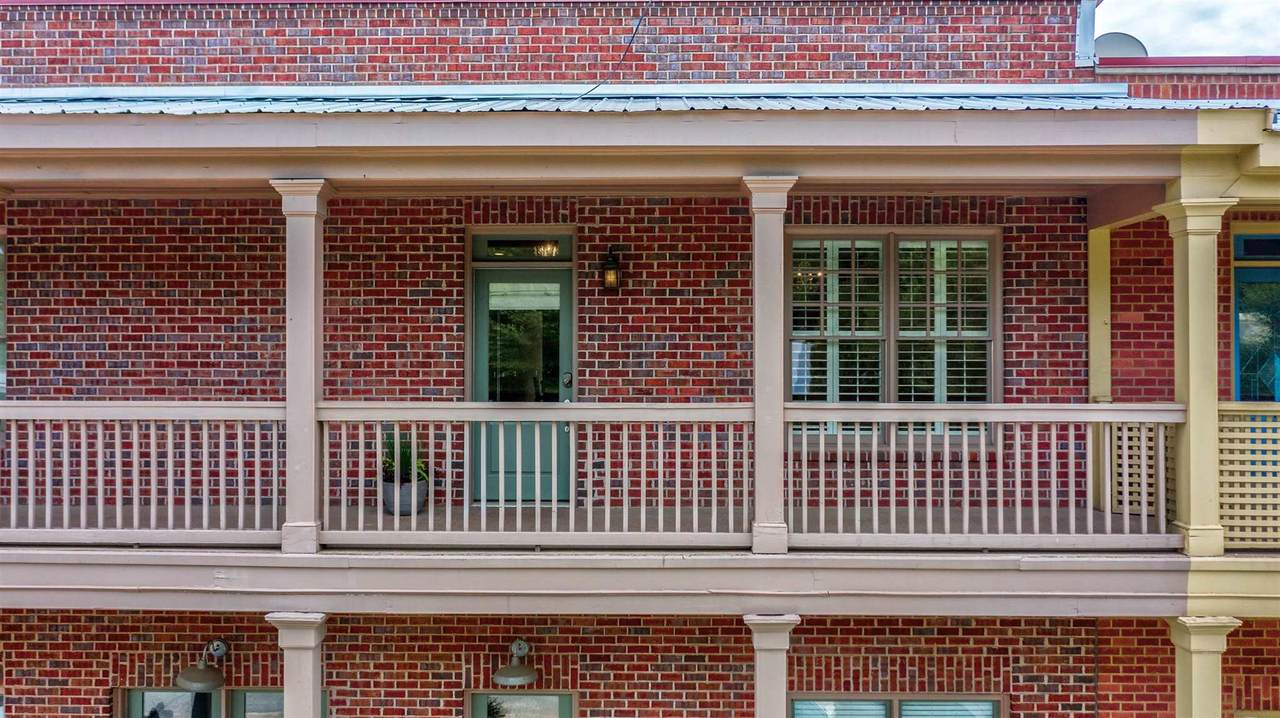 215 Jefferson Street - Photo 1