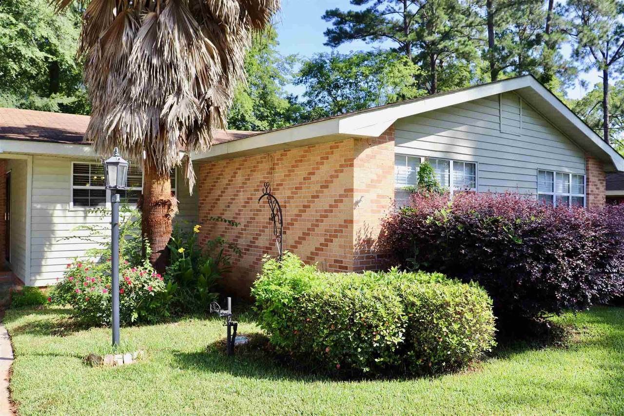 1760 Holly Hill Road - Photo 1