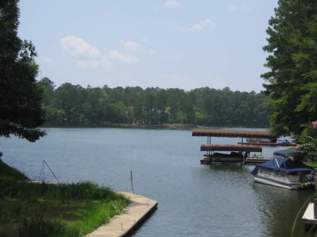 2391 Cherokee Drive - Photo 1