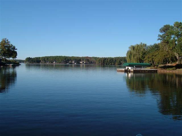 104 West View Way, Eatonton, GA 31024 (MLS #58212) :: Team Lake Country