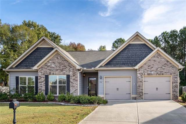 302 Gwynne's Way, OPELIKA, AL 36804 (MLS #142884) :: Crawford/Willis Group