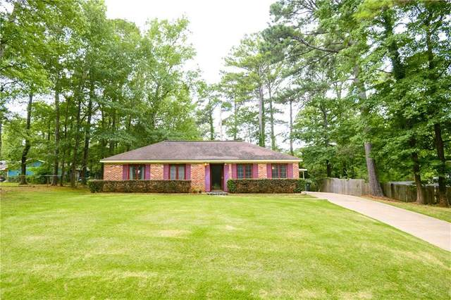 817 Tullahoma Drive, AUBURN, AL 36380 (MLS #145942) :: Crawford/Willis Group