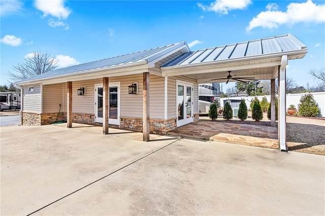 41 Lee Road 51 #16, AUBURN, AL 36832 (MLS #150806) :: Real Estate Services Auburn & Opelika