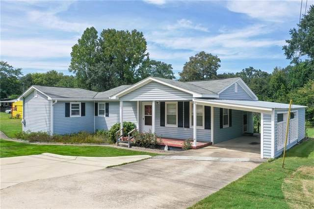 9797 Lee Road 240, PHENIX CITY, AL 36870 (MLS #153792) :: Three Sixty {real estate}