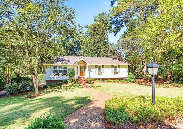 1104 E Collinwood Circle, OPELIKA, AL 36801 (MLS #153888) :: Three Sixty {real estate}