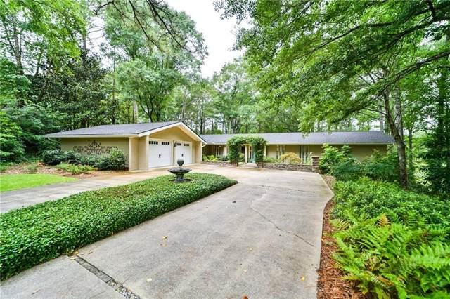 2412 Heritage Drive, OPELIKA, AL 36830 (MLS #145774) :: Crawford/Willis Group