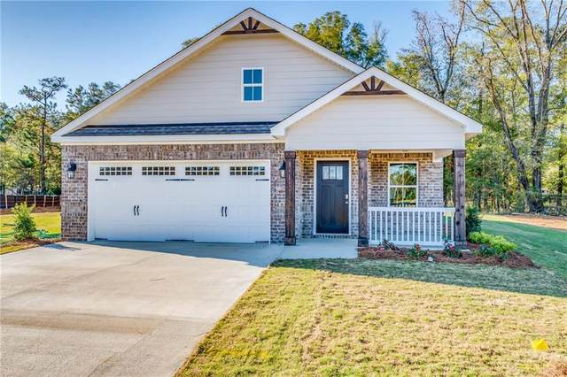 186 Lee Road 2230, SMITH STATION, AL 36877 (MLS #145922) :: Crawford/Willis Group